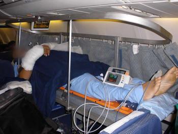 Медицинская авиа транспортировка тяжелых больных