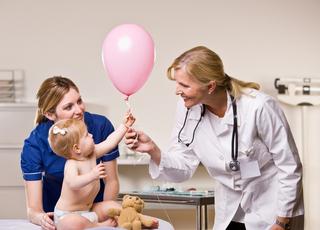 Новосибирские врачи начали проводить детям лучевую терапию