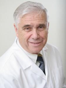 Феликс Ковнер, онколог