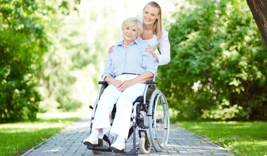 пациентка с болезнью паркинсона